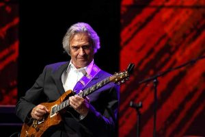 John McLaughlin & The 4th Dimension | Club Tante JU Dresden | Konzert